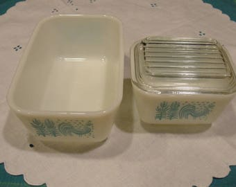Pyrex Butterprint Rooster Casserole/Bread Pan Dishes Amish Rooster with Grain Crop Corningware