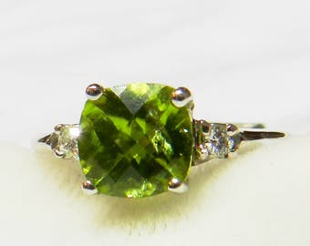 Peridot Engagement Ring 14K Gold 1.5 Ct Peridot August Birthday Birthstone Gift for Women Cushion Cut Peridot Unique Engagement Ring Green
