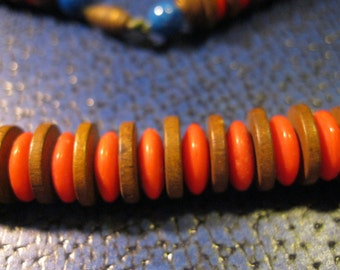 vintage wood and red plastic discs choker 15.5 inches
