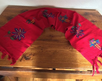 "Vintage Christmas Embroidered Table Runner Red Linen 13.5"" x 33"""