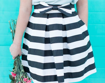 Black and White Stripe Bow Structured Women's Skirt