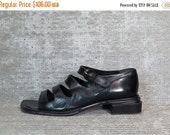 WOW 30% OFF Vtg 90s Black Leather Cut Out Cage Sandals 8.5