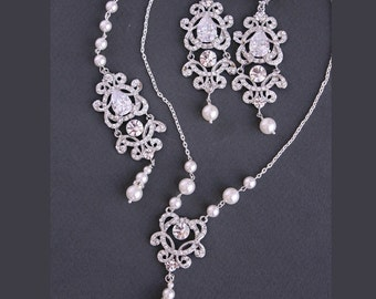 Back Drop Bridal Necklace and Chandelier Earrings, Bridal Jewelry . Necklace. Vintage Style Wedding Jewellery. Pearl Rhinestone Bridal Set