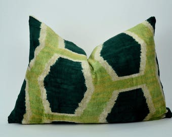 green ikat pillow case // green velvet ikat pillow // green velvet ikat cushion // silk ikat cushion
