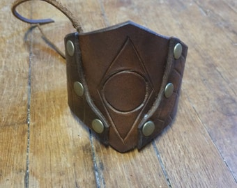 Thieves Guild inspired - Leather cuffs - Skyrim inspired