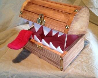 Mimic Keepsake Boxes