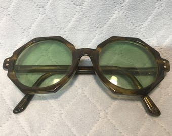 Rare Artcraft  1970's Octagon Style 201 Tortoise Shell Eye Glass Frames in Exc. Cond.