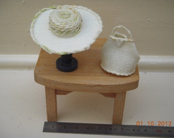 Hat or marriage in lin 1/12th miniature bag