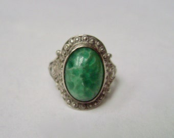 vintage peking glass and sterling ring, size 5.75