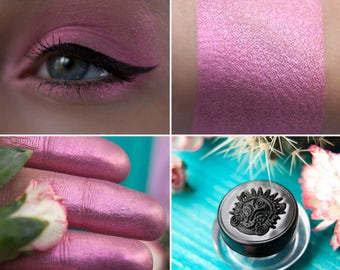 Eyeshadow: One More Flower - Fairy. Pink satin eyeshadow by SIGIL inspired.