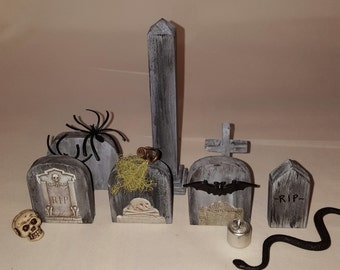 Miniature cemetery/ miniature graveyard/  miniature gravestones/ miniature tombstones/ fairy garden graveyard/ halloween decorations/ gothic