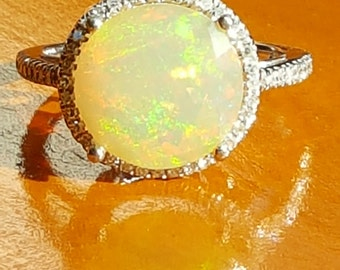 3.45ctw Opal & Diamond 10K White Gold Ring Size 6.5