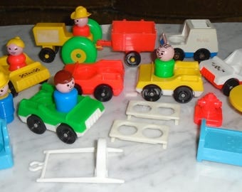 21pc Fisher Price Little People Figures, Vehicles, Harness & Stuff Lot