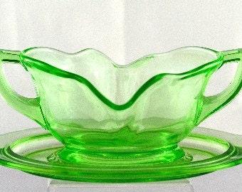 Cambridge Gravy Boat & Liner Rare Emerald Green Vaseline Glass