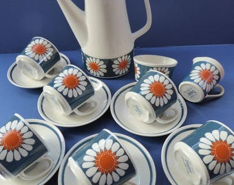 Fabulous 1970s DAISY Turi Design Coffee Set for Figgjo Flint, Norway
