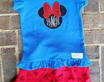 Minnie Mouse with Bow Appliquéd Shirt and Ruffled Shorts Set with Monogram