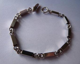 Arvo Saarela Swedish Scandinavian designer modernist mid century modern vintage sterling silver bar bracelet 1960s