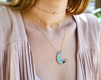 Crescent Moon Necklace / Pearl Moon Necklace / Gold Moon Necklace / Moon Pendant / Celestial Necklace / Protection Necklace / Boho Necklace