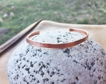 Thin Copper Cuff / medium