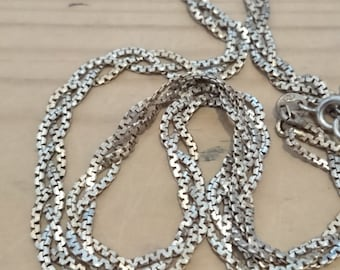 Vintage sterling silver three strand chain necklace