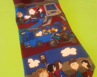 Classic Peanuts Rush Hour Commute Character Tie 100% silk