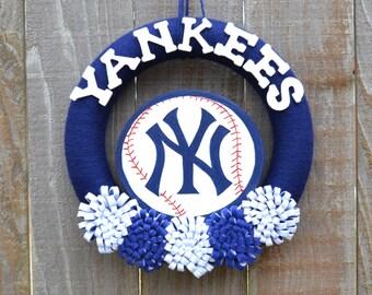 New York Yankees Wreath // Yarn Wreaths // MLB Baseball // Gift For Her // Gift For Fan // Baseball Home Decor