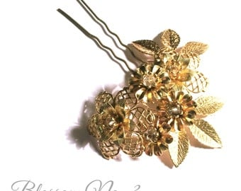 BLOSSOM No.3  bridal wedding gold pin flower leaf brass mix romantic
