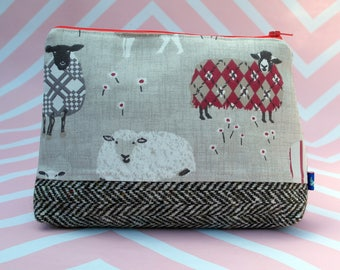 Small Harris Tweed Pouch - Wash/ Cosmetic Bag - Manicure - Make up - Sewing/ knitting/ crochet -  Project bag - Toiletries case - Washable