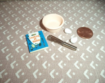 1:12 scale Dollhouse Miniatures Baking set
