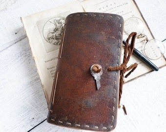 Vintage style thick ww2 Leather Journal  160 vegetal stained pages Ready to Ship