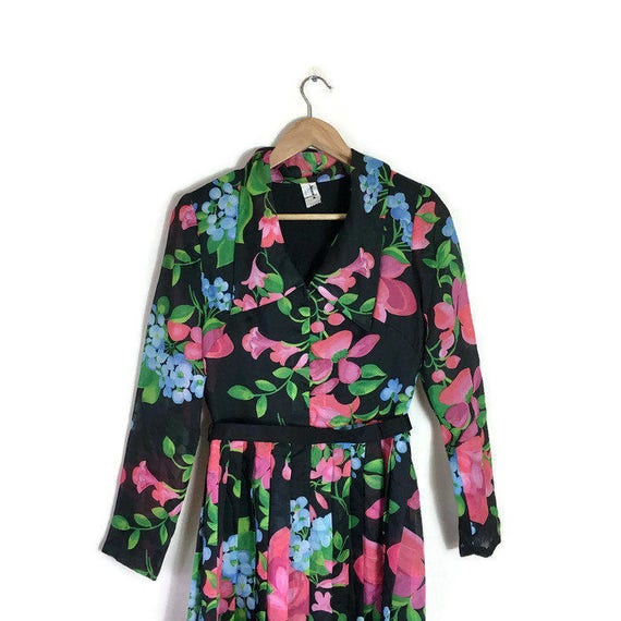 Pleated black floral dress / vintage midi dress with pleated skirt belt and collar / As seen in fashion week / boho 70s midi dress