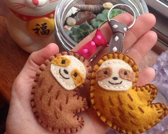 Sloth Keyring - Keychain - sloth - plush