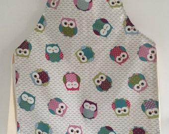 Children's apron, oilcloth apron,kids apron,girls apron,child apron,owls oilcloth apron,kids oilcloth apron