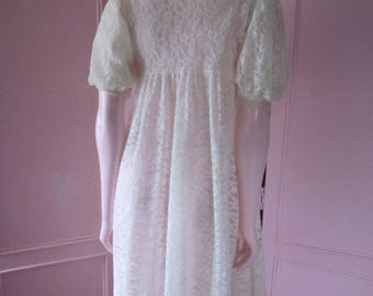 1950s White Nylon Lace Peignoir, Size Small