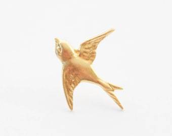 Gold Bird Pin, Sparrow Pin, Sparrow Brooch, Sparrow Tie Tack, Gold Sparrow Tie Pin, Gold Bird Tie Tack, Sparrow Lapel Pin, Tiny bird pin