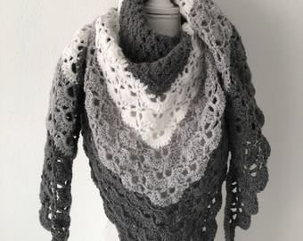 Crochet grey and white