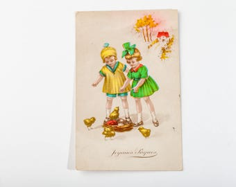 Antique postcard from 20s - Vintage Postcard - 1920's Child Postcard - little girls and chicks made in French