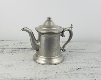 Small Wilton Armetale Pitcher, tea pot, serving, entertaining, water, collectible, pewter