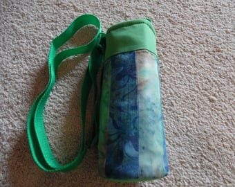 CROSS BODY Insulated Water Bottle Carrier, Batik strips , Water Bottle Tote, Insulated Bottle Holder
