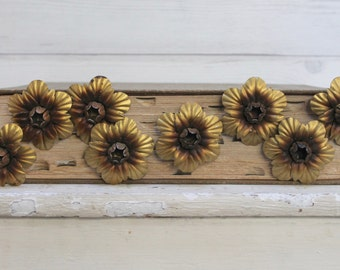Vintage Lot of 8 Metal Curtain Tie Back Flowers - Gold, Vintage Curtain Hold Backs, Vintage Metal Flower Push Pins