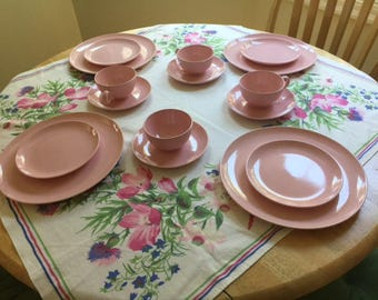 VINTAGE PINK DINNERWARE set. 1950s ceramic dishes. 4 pink place settings by Taylor, Smith, Taylor Co., W. Virginia. Total 16 pieces.