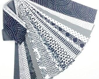 20 Jelly Roll Fabric Strips Classic Black White No Duplicates CBW20