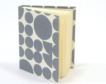 The Clutch - Blank notebook with letterpress printed paper covers - Graphite