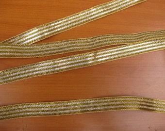 10 meters.Border, ribbon, trim, lace, in golden color.  zari border.(395 inches approx.) . Sari border.