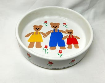 Vintage Gear Design Three Bears Children Child Bowl White Porcelain Story Theme Mom Dad Baby Bear Deep Dish Red Daisy Flowers 1984