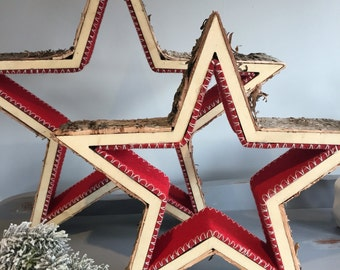 Christmas birch bark stars lined with red felt, 2 sizes, christmas ornament. Holiday decor.