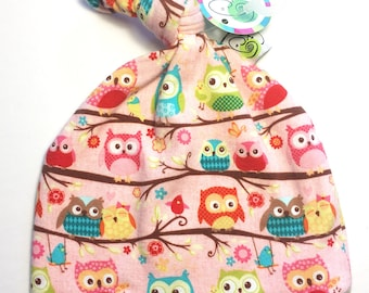 Knotted Hat 0-3 month OWL twirl