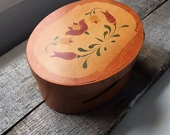 Vintage Oval Shaker Style Box Hand Painted Wood Folk Art Oval Frye's Measure Mill Wilton New Hampshire