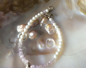 Freshwater pearl bracelet with lilac amethyst faceted beads