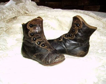 Antique Victorian Childs High Top Button Up Shoes/Edwardian Childs Shoes
